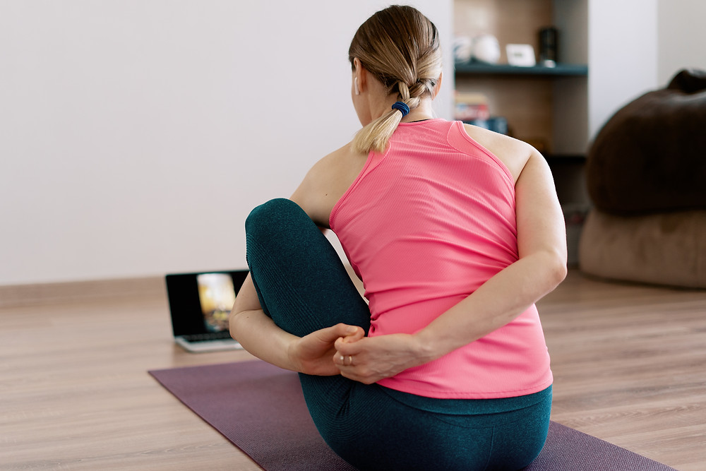 Yoga, torsioni effetto detox