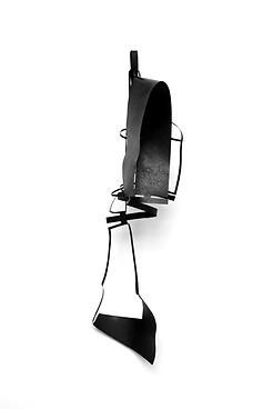Monika Sosnowska, Atelier Calder, Saché - Photo Guillaiume Blanc