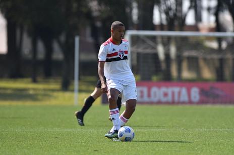 Karlos Samuel fatura a Caju´s Winter Cup com o São Paulo