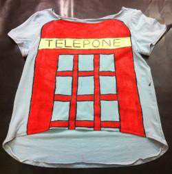 Tshirt תא טלפון