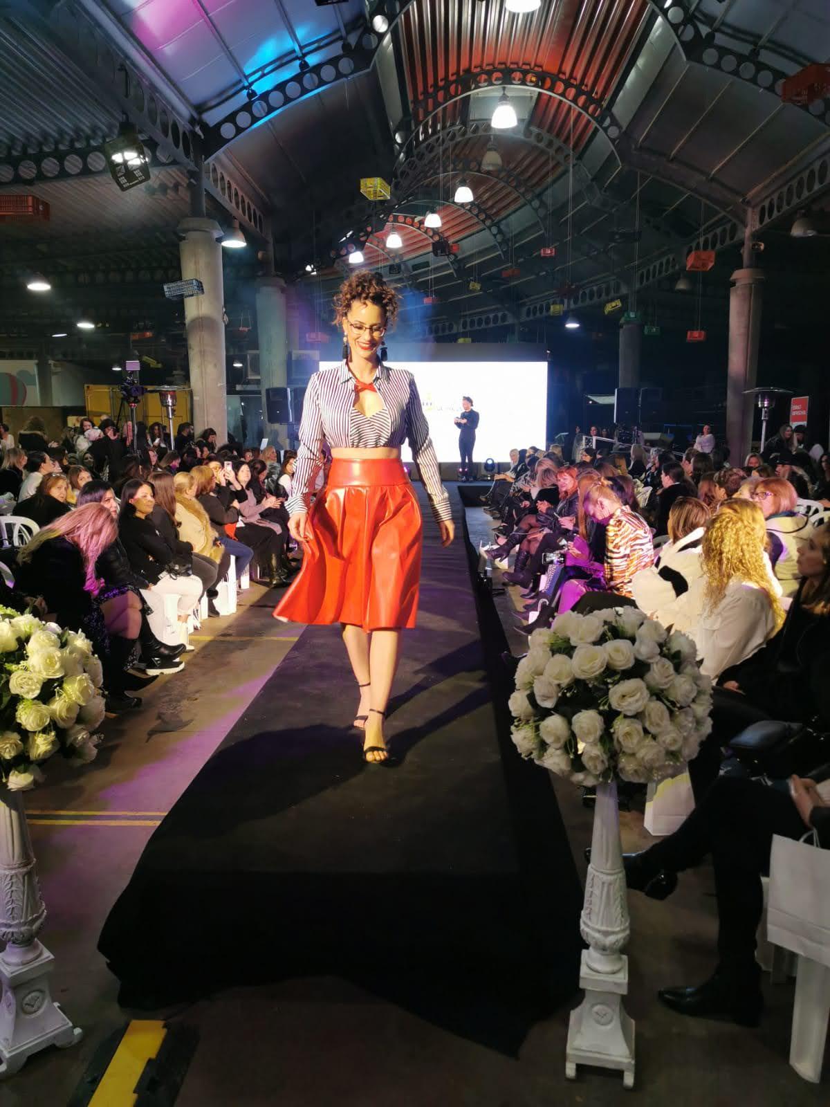 תצוגת אופנה בעפולה עם פריטי הקורסים