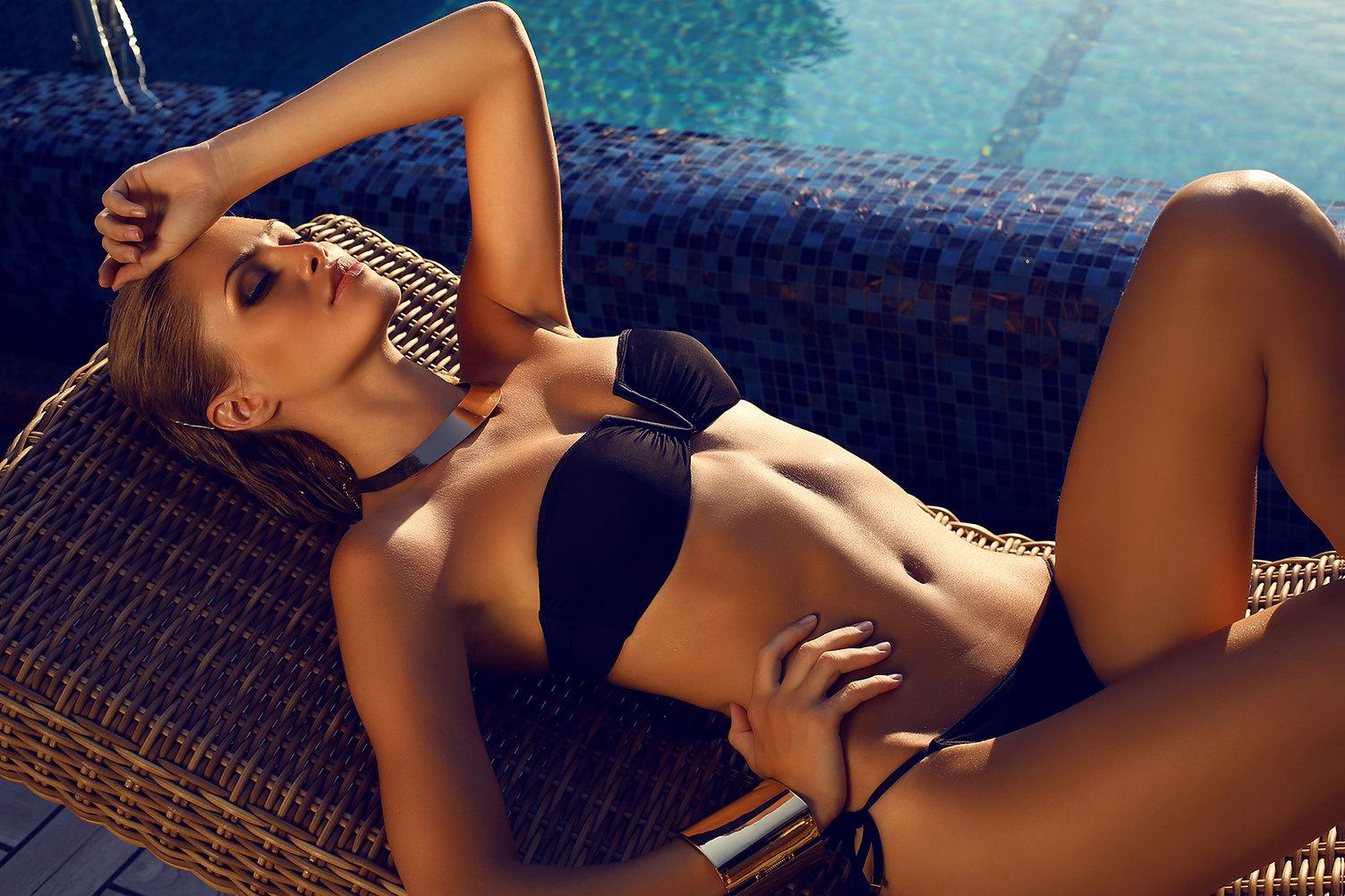 Modelo en bikini