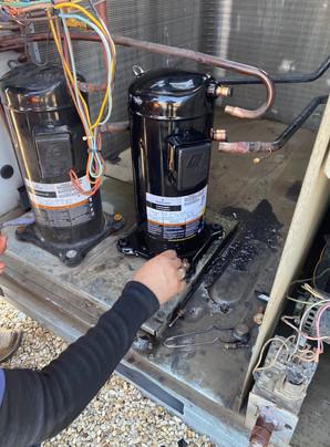 RTU4 new compressor6.jpg