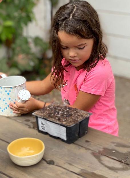 Lucia Martinez, Age 7, Preparing her Start Kit (Image: getstarted)