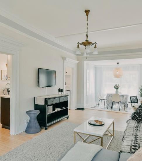 2nd Living Room & Sun Room