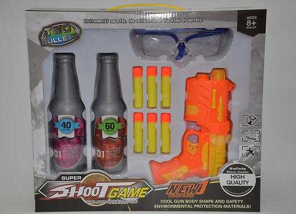 אקדח חיצים יורה לבקבוקים