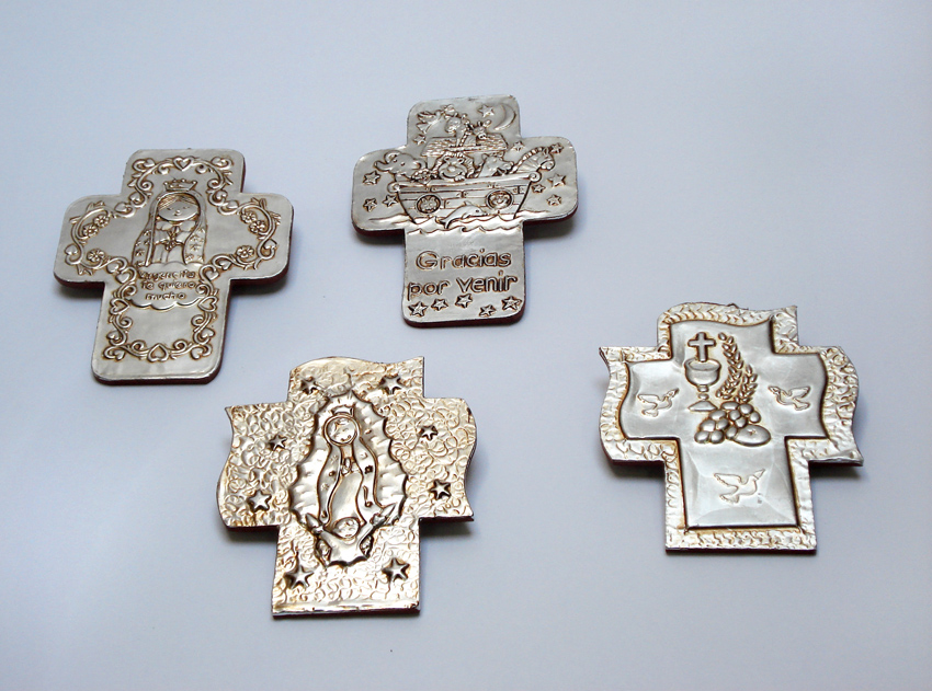 CO10 Cruces de pewter