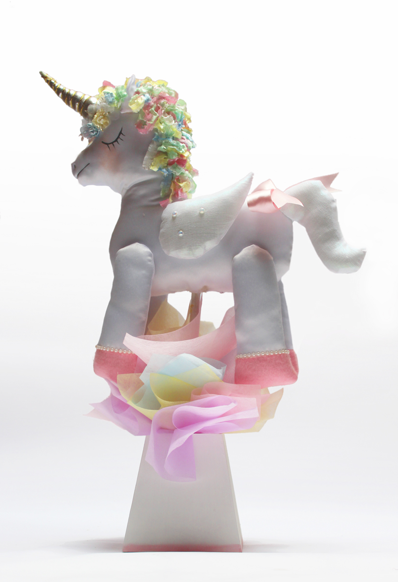 BA120_Centro_d_mesa_unicornio