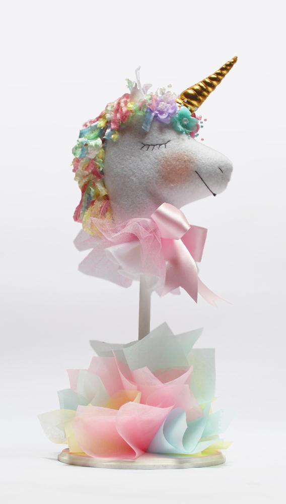 VA59_Centro_de_mesa_unicornio