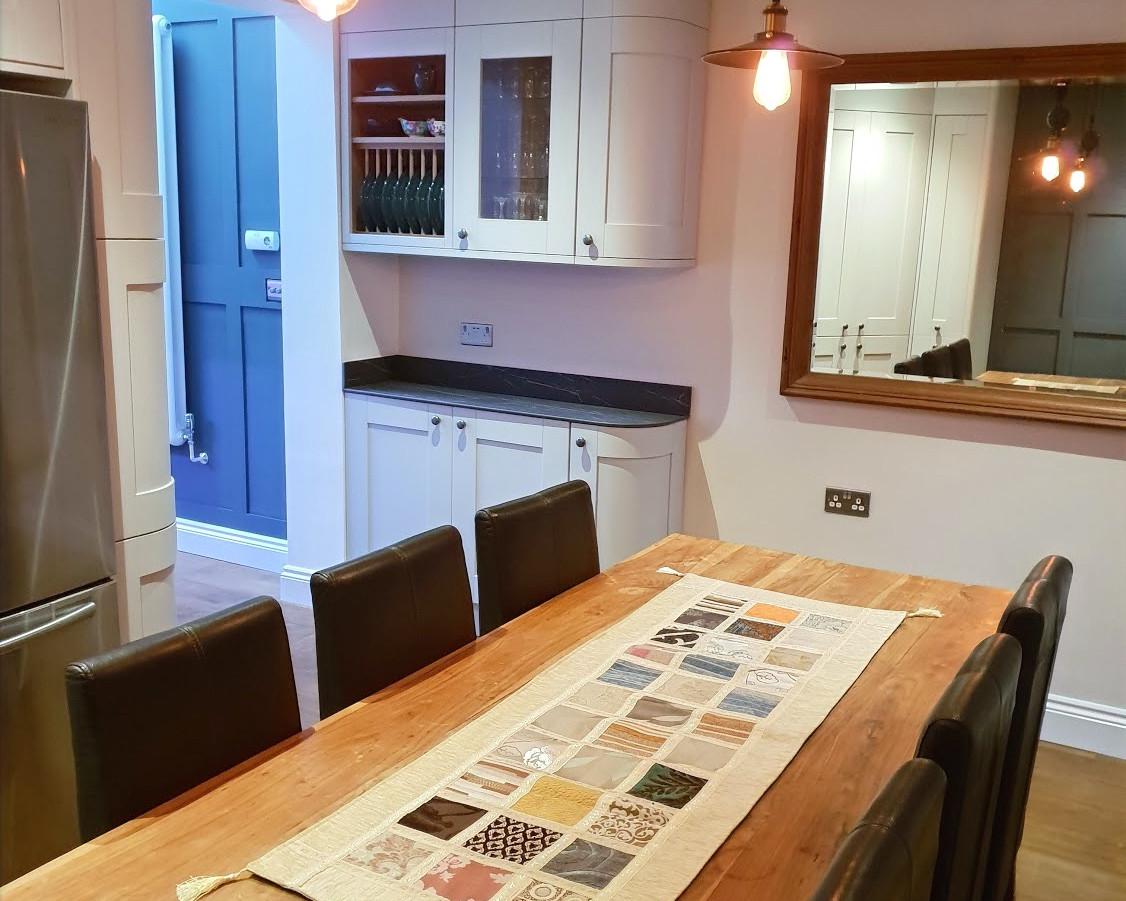 Clasic White Shaker Kitchen