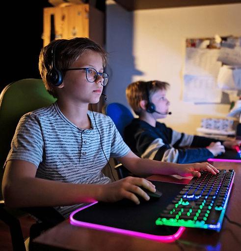 Digital-School-online-streaming.webp