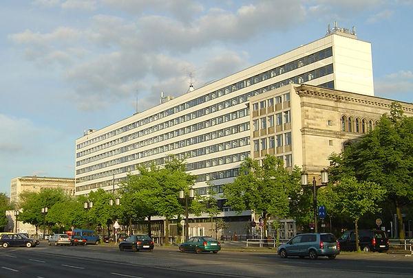 Teschnische Hochschule (8).jpg