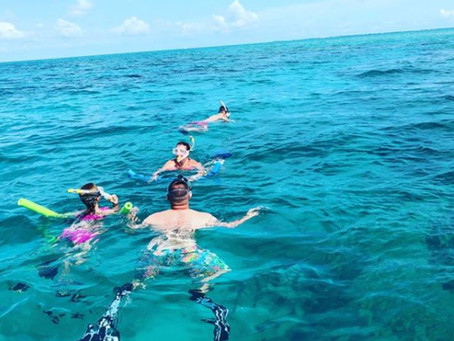 What is Snorkeling and Why is It So Popular Among People
