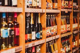Wein und Bier im Biomarkt Biobrummer