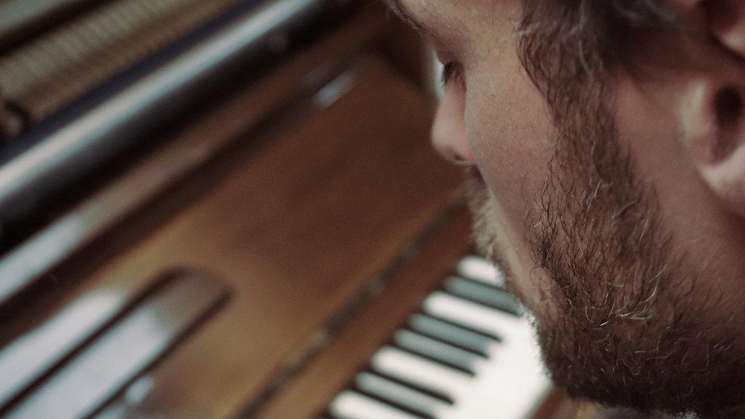 Matthias Klein Piano Klavier Komponist für Film und Fernsehen