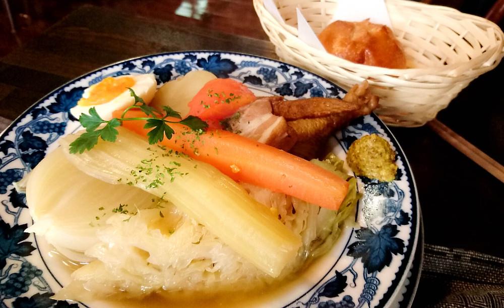 燻製の野菜やお肉たっぷり、絶品ポトフ♪