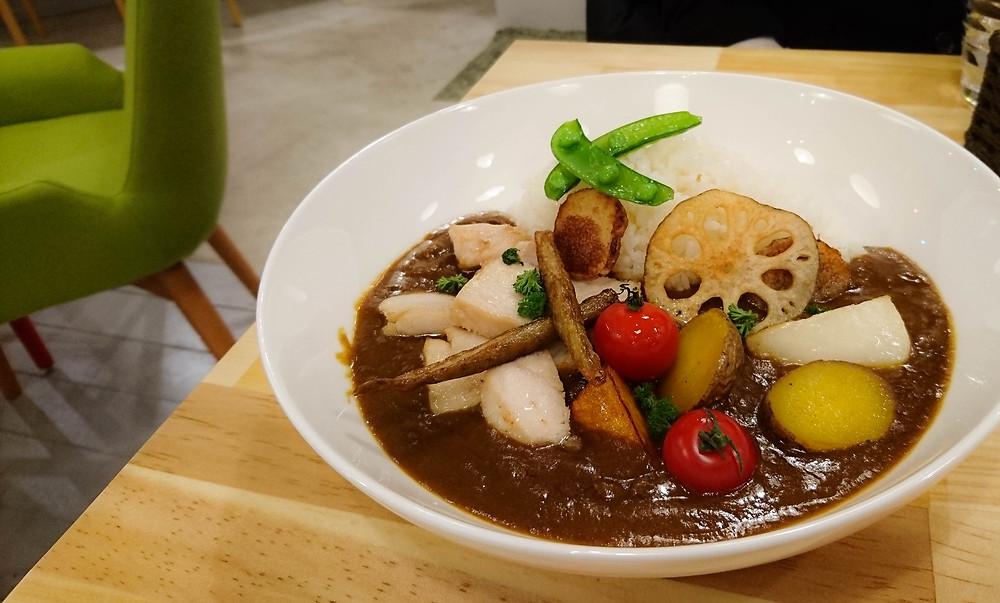 野菜とチキンのカレーライス