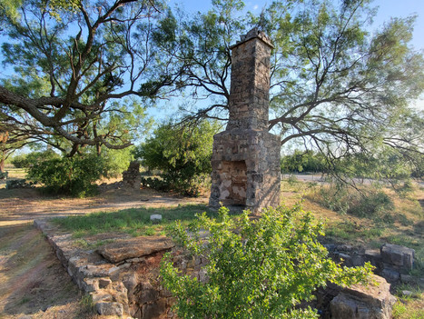 Ruins near Paris, TX