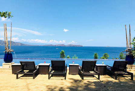 Lounge Chairs at Vivere Azure Infinity Pool