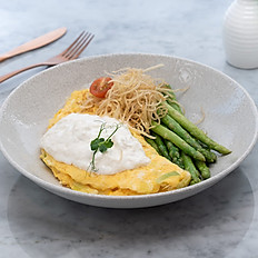 Burrata cheese omelet