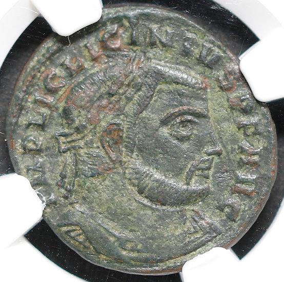 Moeda Romana de Licinius I (308-324 dC).