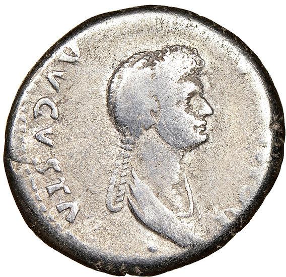 Domitia - esposa de Domitian e supostamente envolvida em seu assassinato!