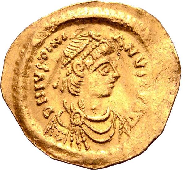 Moeda Bizantina de Justiniano I AV Tremissis. Constantinopla, 527-565 dC.