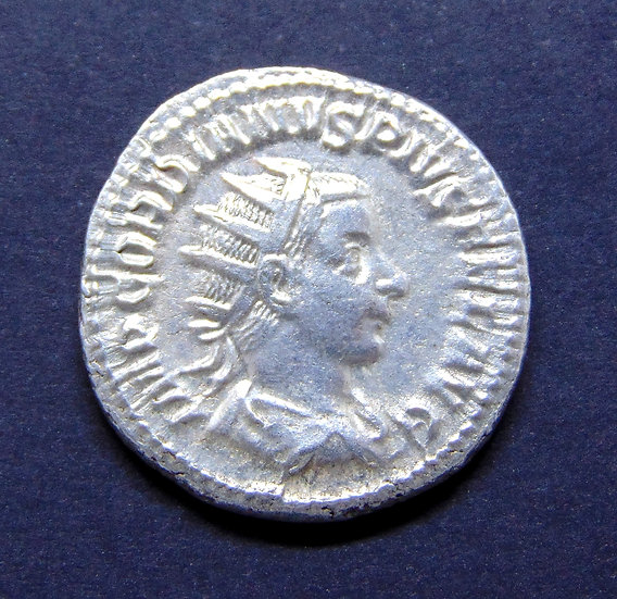Antoniniano soberbo de Górdio III, 238 - 244 dC