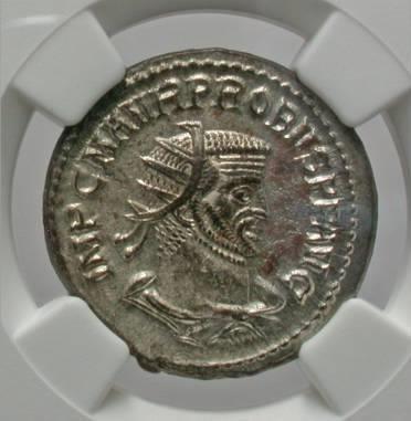 Moeda romana de Probus. A.D. 276-282. Æ antoninianus