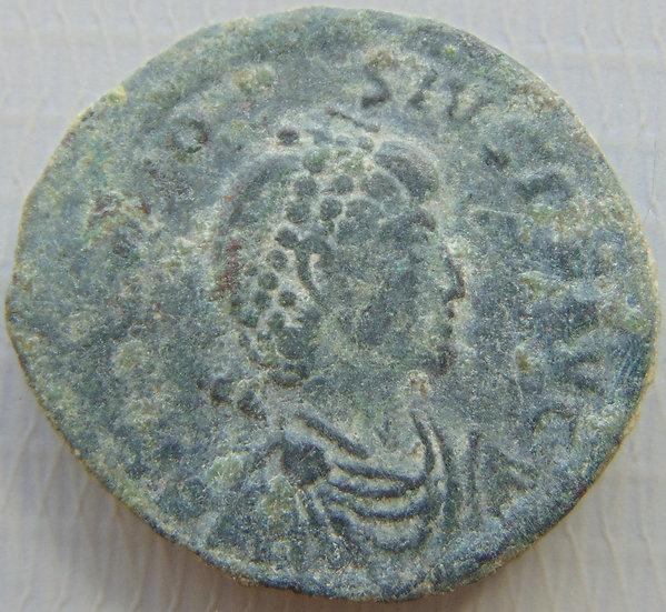 Moeda Romana Antiga Theodosivs - GLORIA ROMANORVM