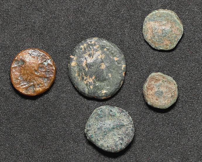 Lote com 5 moedas gregas low grade.