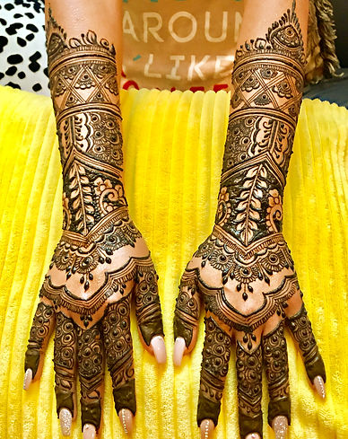 Noor Jahan Bridal henna.jpg