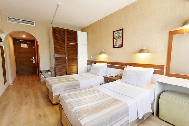 Standard-Room-3-2020-1024x683.jpg