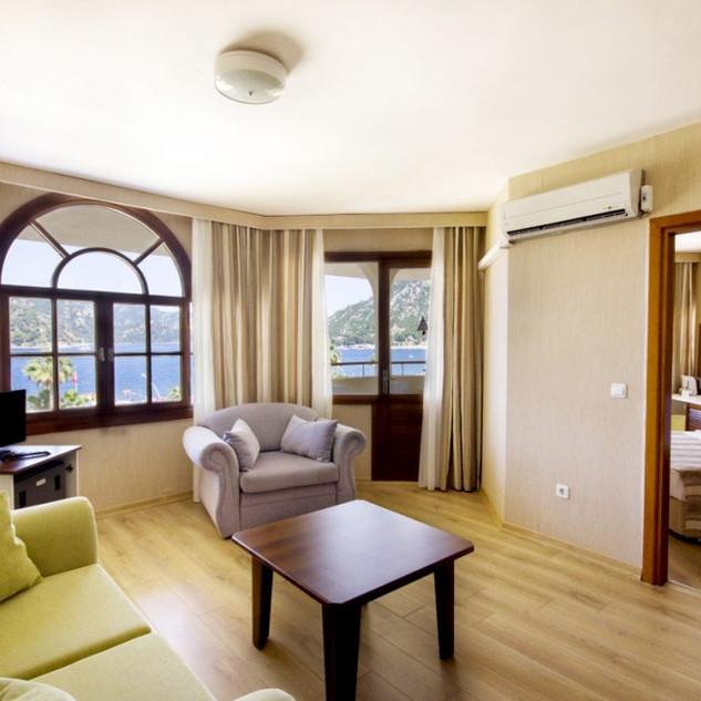 Family-Room-2-2020-1024x683.jpg