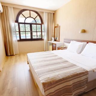 Family-Room-3-2020-1024x683.jpg