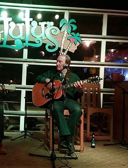 Songwriter Randy Brooks performing at Lulu's in Gulf Shores, Alabama