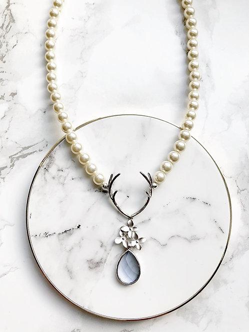 Perlenkette Hirschblümi silber