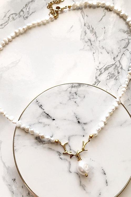 Perlenkette GEWEIHPERLE vergoldet mit Süsswasserperlen
