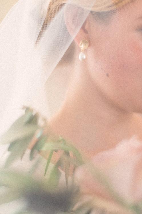 Brautschmuck Perlenohrringe * Lotus * vergoldet