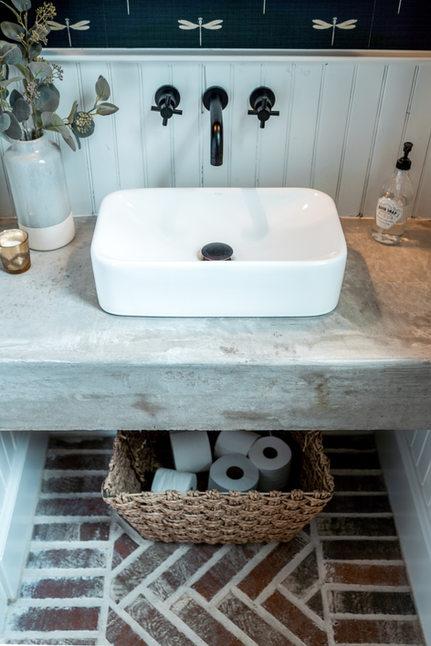 Wall_Paper_Bath_Room_Custom_Home_Builder