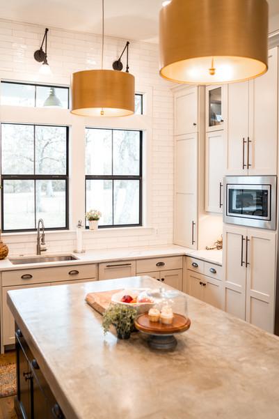Custom-Kitchen-High-End-Home-Builder-Kol
