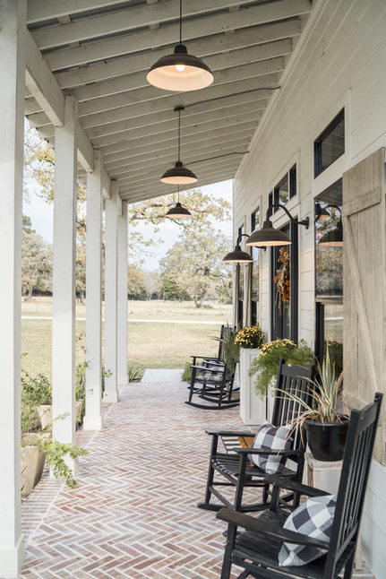Farm-House-Porch-Brick-Herringbone-Floor