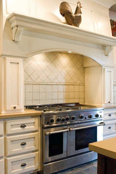 kolby-home-farmhouse-kitchen.jpg
