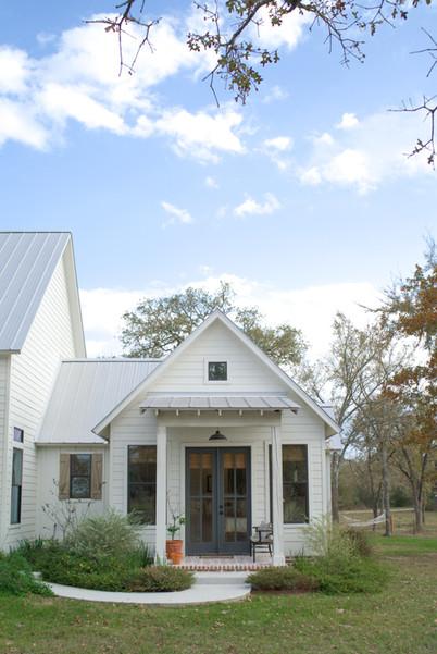 kolby homes farmhouse master porch.jpg