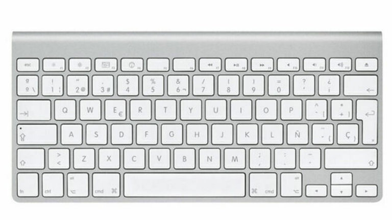 Apple A1314 Bluetooth Wireless Silver Slim Mini Keyboard laptop USA
