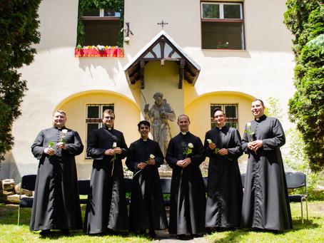 Ballagási ünnepség a Papnevelő Intézetben