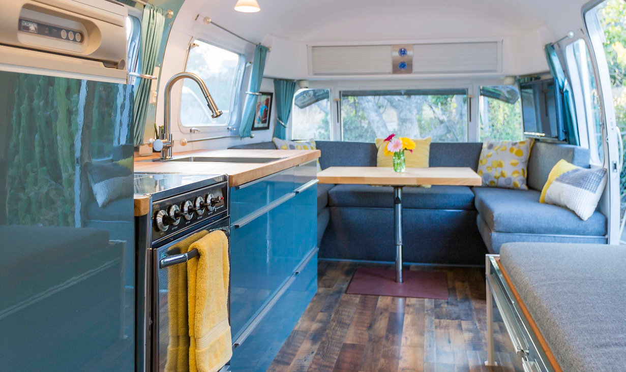 Airstream Safari renovation