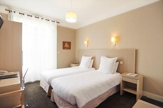 chambre hotel double la baule.jpg