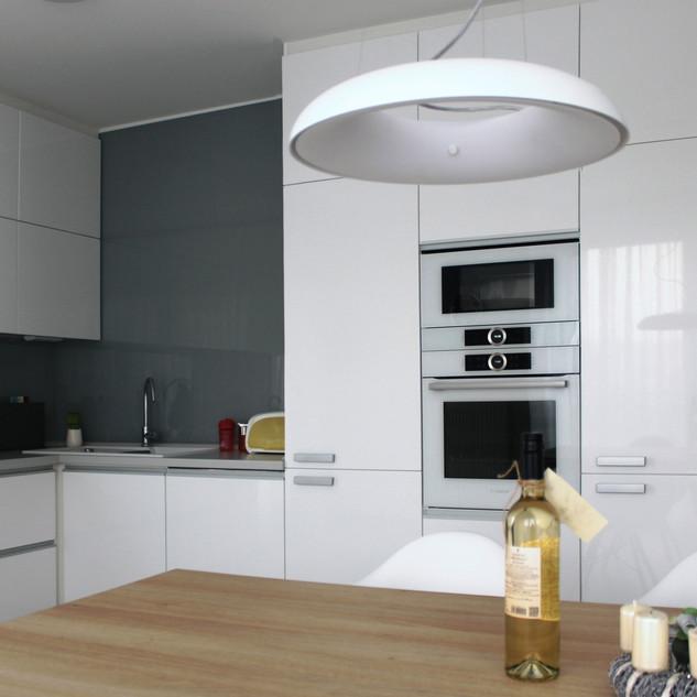 kuchyne-bila_2.jpg