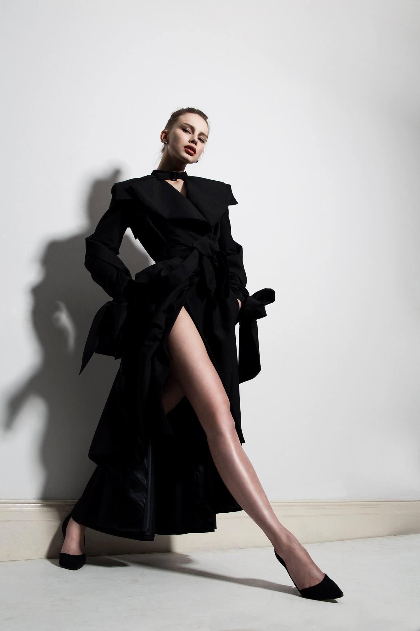 Select Models, Stoney Darkstone
